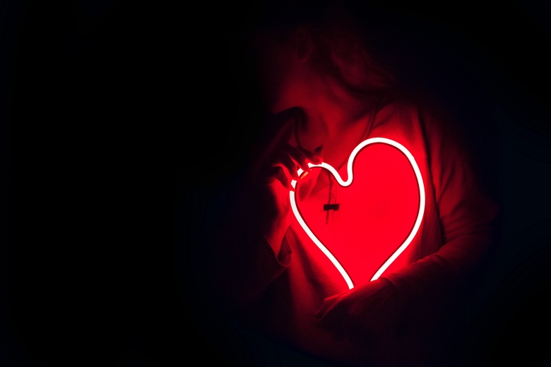 heart shaped red neon signage 887349